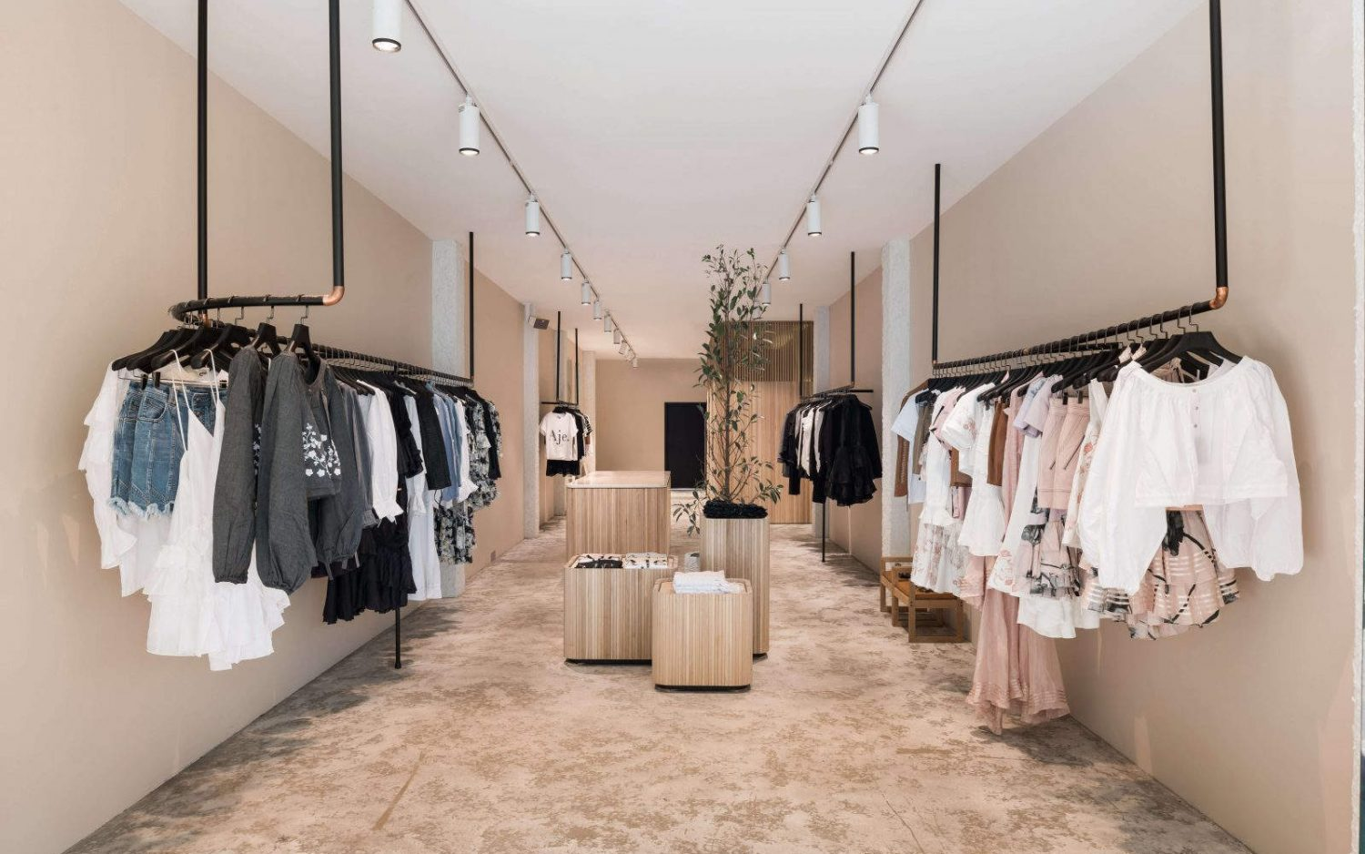 Fashion Showroom Ladies Dress Shop Interior Design   Boutique Store Design,  Retail Shop Interior Design Ideas