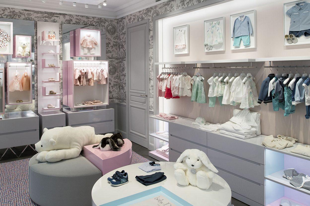 Custom Boutique Retail Cloth Shop Design Decoration Ideas