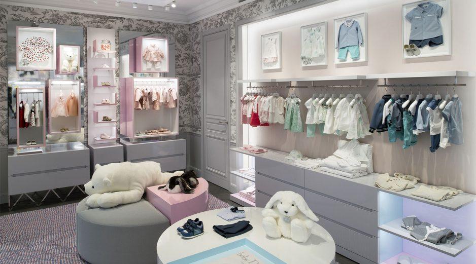 90ef5fa39 Cusotm Boutique Store Design
