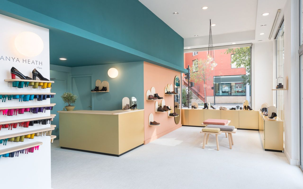 Boutique Shoe Store Interior Design and Layout Concept For ...