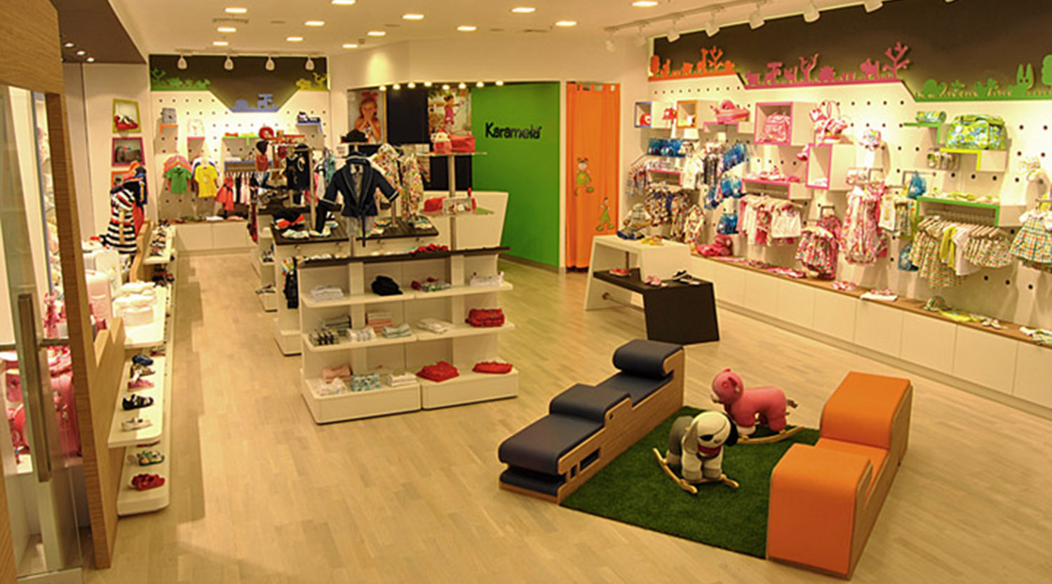Cheap Retail Childrens Clothes Shops Interior Design