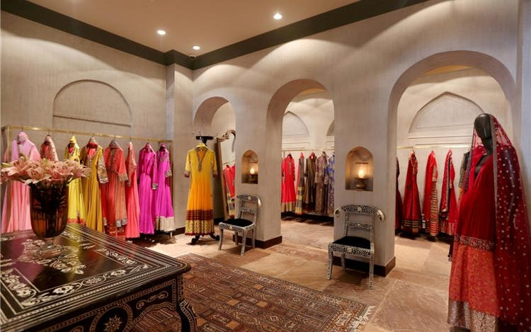 91a50c0e47b Indian Clothing Store Interior Design For Ladies Garment Shop - Boutique  Store Design